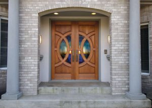 Simpson Door Lombard with custom glass in cherry 4914 l 4915 r 300x214