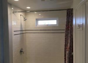 Lismore Bathroom Before Interior 1 300x214